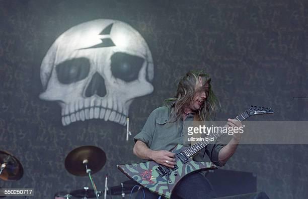 Gitarrist Bernemann während des With Full Force Festivals in Roitzschjora