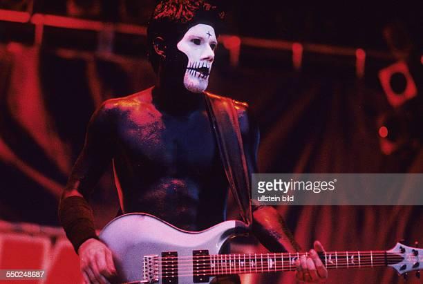 Gitarrist Wes Borland während des TerremotoFestivals in Hamburg