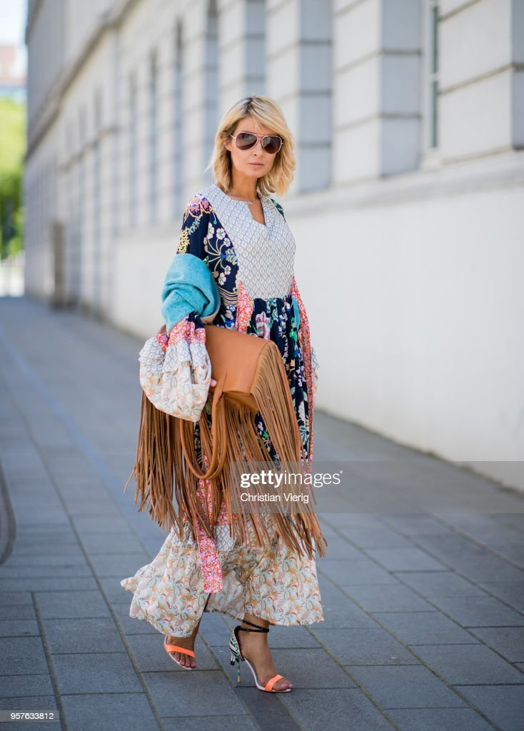 Street Style - Duesseldorf - May 5, 2018 : News Photo