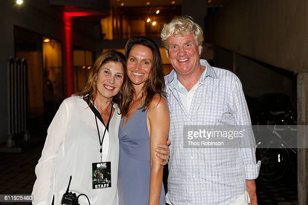 Giuli Cordara Anne de Carbuccia and Peter Tunney attend ONE One Planet One Future at Bank Street Theater on September 13 2016 in New York City Giuli...