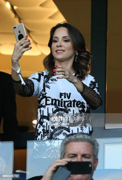 Giulia Andrade wife of Maxwell Scherrer of PSG attends the French League 1 match between Paris SaintGermain and Stade Malherbe de Caen at Parc des...