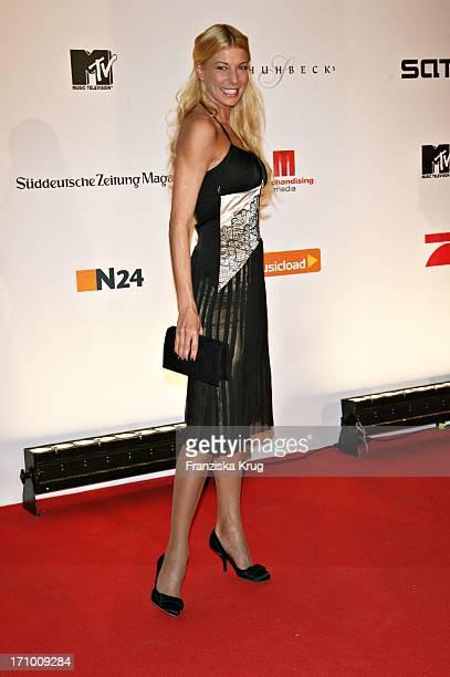 Giulia Siegel Beim Nordoff Robbins Charity Dinner Zugunsten Der Stiftung Musik Hilft In The Station In Berlin Am 240307