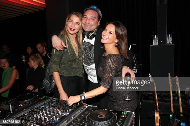 Giulia Siegel DJ Mousse T and Gitta Saxx during the grand opening of Roomers IZAKAYA on October 12 2017 in Munich Germany
