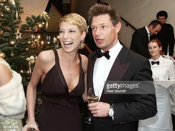 Giulia Siegel Ehemann Dr Hans Wehrmann Internationaler MidoKüsovKulturball Grand Hotel Russischer Hof Weimar Spendengala Gala Fest Promis Prominente...