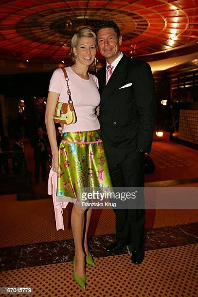 Giulia Siegel Mit Ehemann Hans Wehrmann Bei Der Verleihung Des Felix Burda Award Von Der Felix Burda Stiftung Im Hotel Vier Jahreszeiten In München...