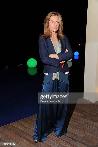 Giuliana de Sio attends the 'Oliver Stone Honored With Taormina Arte Award' - Dinner during the 57th Taormina Film Fest 2011 on June 12, 2011 in...