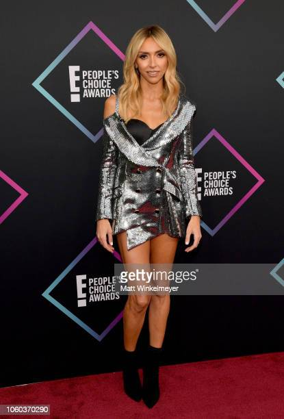 Giuliana Rancic attends the People's Choice Awards 2018 at Barker Hangar on November 11 2018 in Santa Monica California