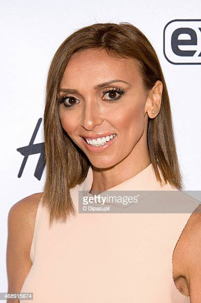 Giuliana Rancic visits 'Extra' at their New York studios at HM in Times Square on April 8 2015 in New York City