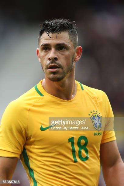 Giuliano of Brazil during the international friendly match between Brazil and Japan at Stade PierreMauroy on November 10 2017 in Lille France