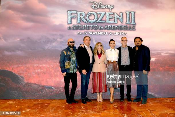Giuliano Sangiorgi Peter Del Vecho Jennifer Lee Serena Rossi Chris Buck and Enrico Brignano attend the Frozen 2 Secrets Of Arendelle photocall on...