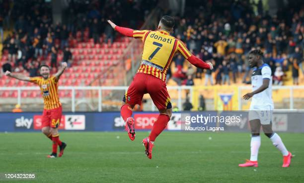 Giulio Donati of Lecce celebrates after scoring his team's second goal during the Serie A match between US Lecce and Atalanta BC at Stadio Via del...