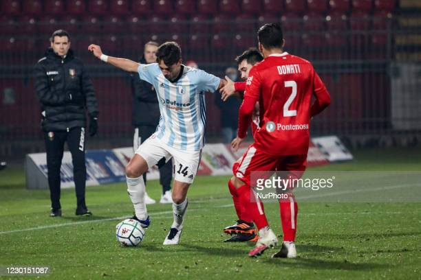 Giulio Donati of Monza and Cassio Cardoselli of Virtus Entella during the Match between Monza and Virtus Entella for Serie B at U-Power Stadium in...
