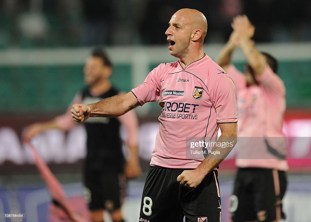 Giulio Migliaccio of Palermo celebrates after winning the Serie A match between US Citta di Palermo and Juventus FC at Stadio Renzo Barbera on February 2, 2011 in Palermo, Italy.