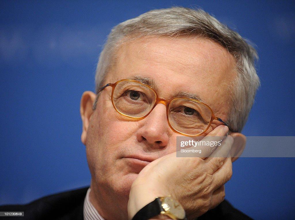 Italian Finance Minister Giulio Tremonti News Conference