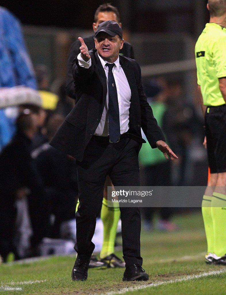 Giuseppe Iachini head coach of Palermo during the Serie B match between Reggina Calcio and US Citta di Palermo at Stadio Oreste Granillo on November 16, 2013 in Reggio Calabria, Italy.