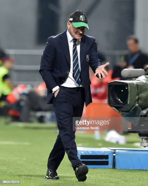 Giuseppe Iachini head coach of US Sassuolo during the serie A match between US Sassuolo and AS Roma at Mapei Stadium Citta' del Tricolore on May 20...