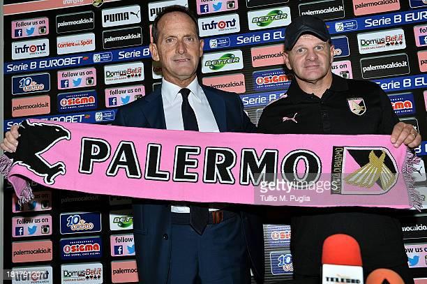 Giuseppe Iachini poses with VicePresident Guglielmo Micciche of Palermo during his presentation as new coach of Palermo at Tenente Carmelo Onorato...