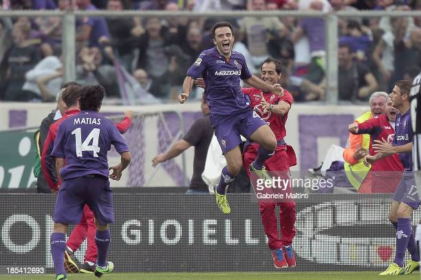 Giuseppe Rossi of ACF Fiorentina celebrates after scoring a goal during the Serie A match between ACF Fiorentina and Juventus at Stadio Artemio...