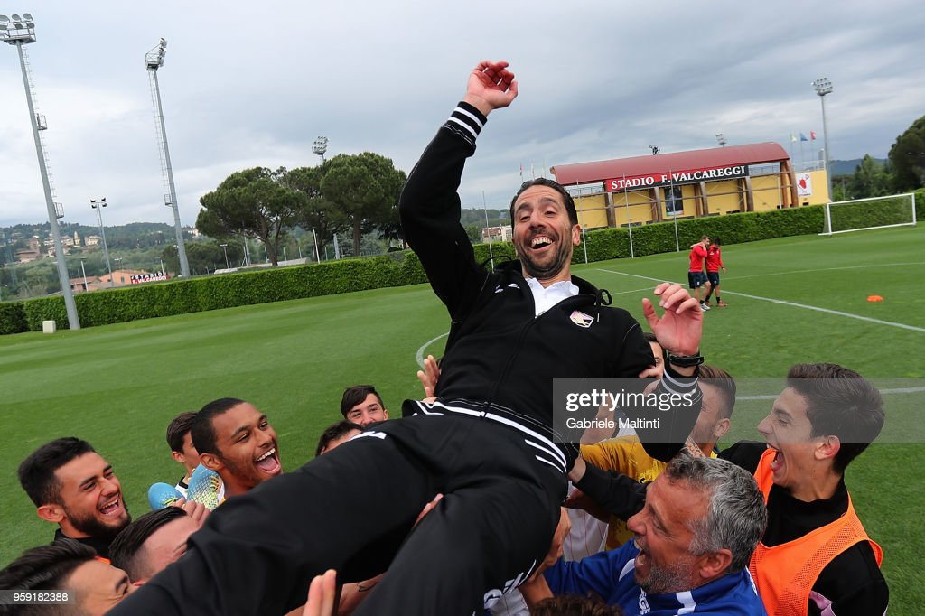 Giuseppe Scurto manager of US Citta' di Palermo U19 celebrates the victory during the SuperCoppa primavera 2 match between Novara U19 and US Citta di Palermo U19 at Centro Tecnico Federale di Coverciano on May 16, 2018 in Florence, Italy.
