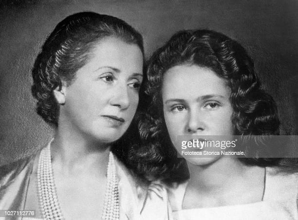 Giuseppina Crespi born Giuseppina Fossati Bellani widow Figari wife of Aldo Crespi industrialist and coowner of Corriere della Sera with her daughter...