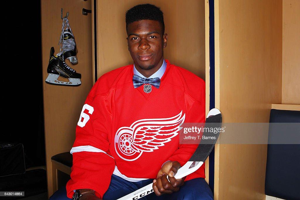 2016 NHL Draft - Portraits : News Photo