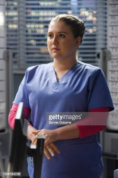 ANATOMY Give a Little Bit Meredith heads up a pro bono surgery day but the overwhelming patient response causes her to struggle to keep things in...
