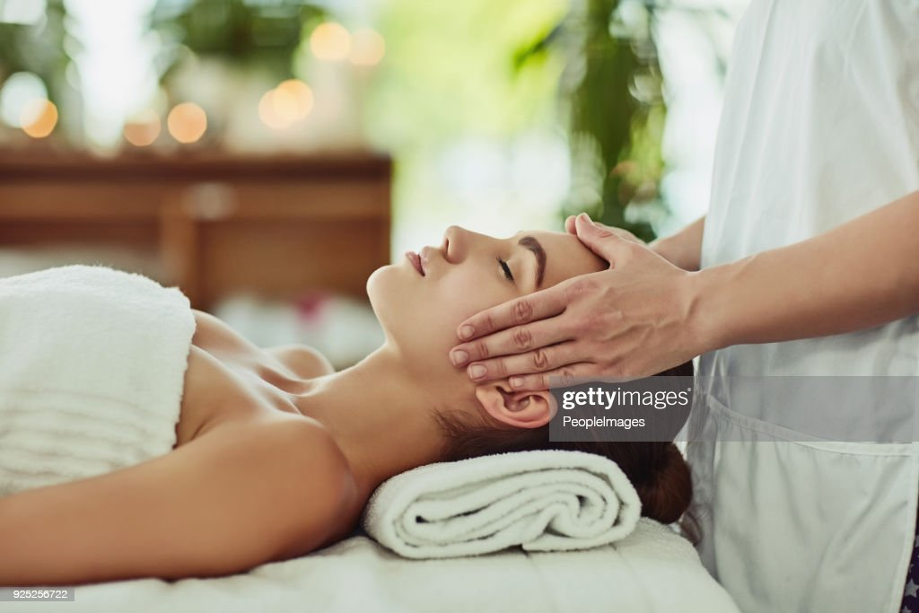 Give yourself the gift of relaxation : Stock Photo