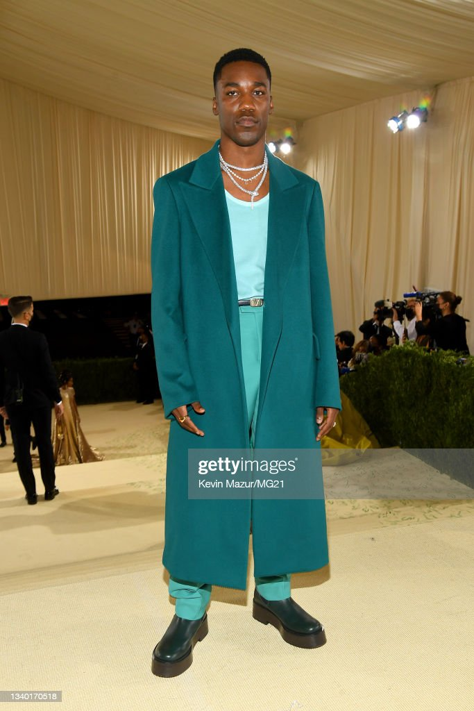 The 2021 Met Gala Celebrating In America: A Lexicon Of Fashion - Red Carpet : News Photo