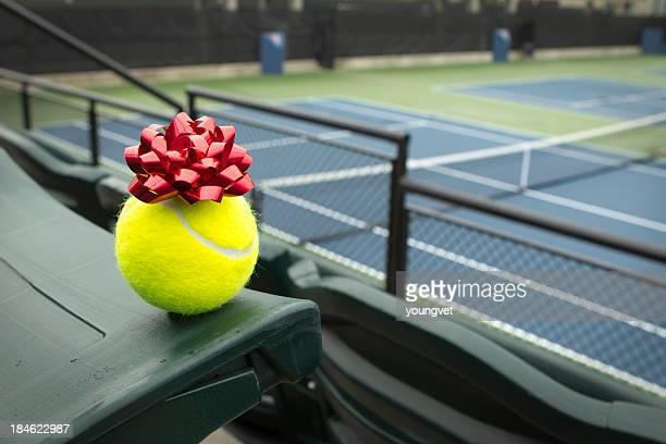 Ein Geschenk von verschenkst tennis