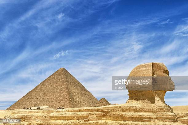 giza pyramids and sphinx in cairo, egypt - giza pyramids stock pictures, royalty-free photos & images