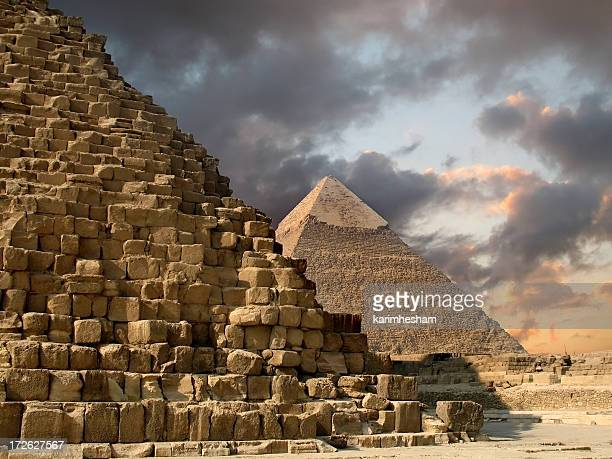 giza pyramids - empty tomb stock pictures, royalty-free photos & images