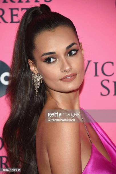 Gizele Oliveira attends the Victoria's Secret Viewing Party ar Spring Studios on December 2 2018 in New York City