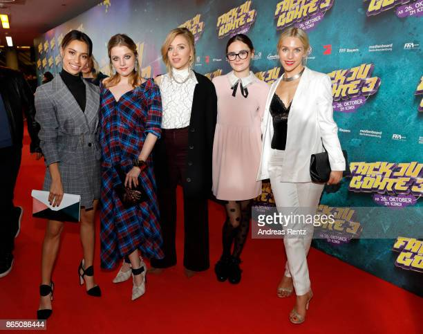 Gizem Emre Jella Haase Lena Klenke Lea van Acken and Julia Dietze attend the 'Fack ju Goehte 3' premiere at Mathaeser Filmpalast on October 22 2017...