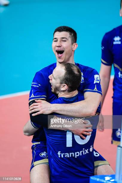 Gjorgi Gjorgiev and Jose Luis Gonzalez of Paris celebrate during the Ligue B match between Paris Volley and St Nazaire at Stade Charlety on May 3...