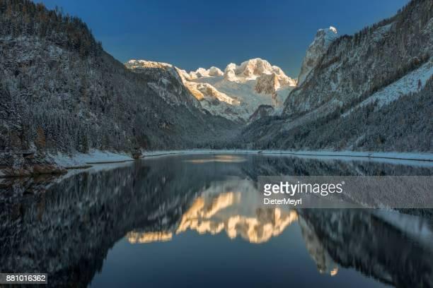 Dachstein Gletscher - Alpenglühen im Winter am See Gosau, Alpen