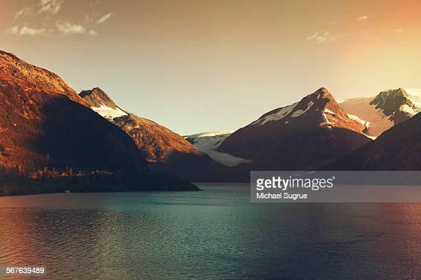 glacier in alaska - paisajes de alaska fotografías e imágenes de stock