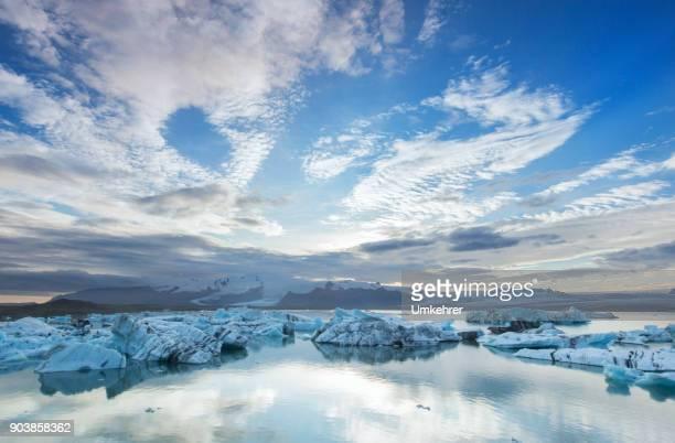 glacier lagoon in jokulsarlon - glacier lagoon stock photos and pictures