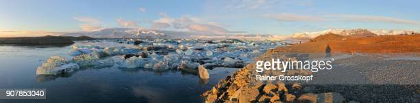 glacier lagoon joekulsarlon - rainer grosskopf stock pictures, royalty-free photos & images