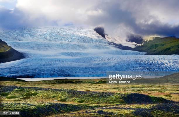 glacier landscape in southern iceland - バトナ氷河 ストックフォトと画像