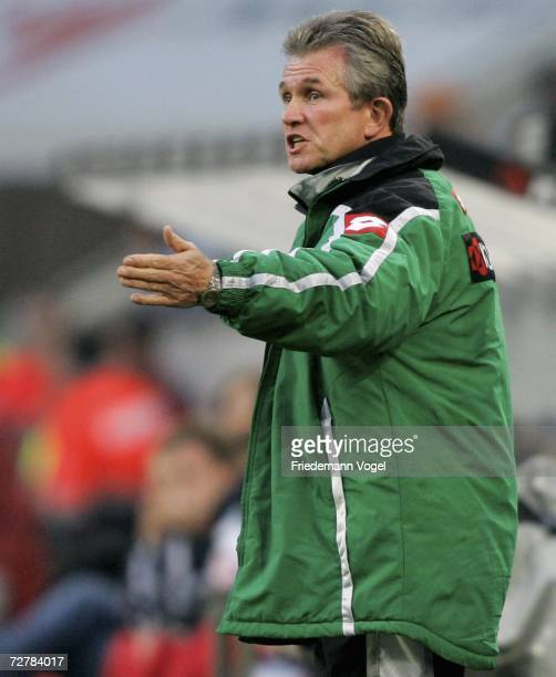 Gladbach Coach Jupp Heynckes gives advise to his players during the Bundesliga match between Borussia Monchengladbach and FSV Mainz 05 at the...