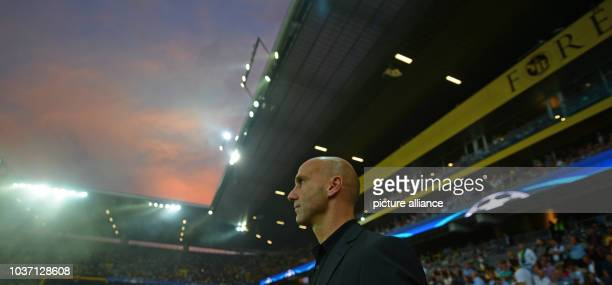 Gladbach's coach Andre Schubert during the Champions League first leg qualification soccer match between Young Boys Bern and Borussia...