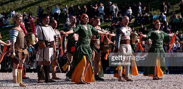 Gladiatori e dancers