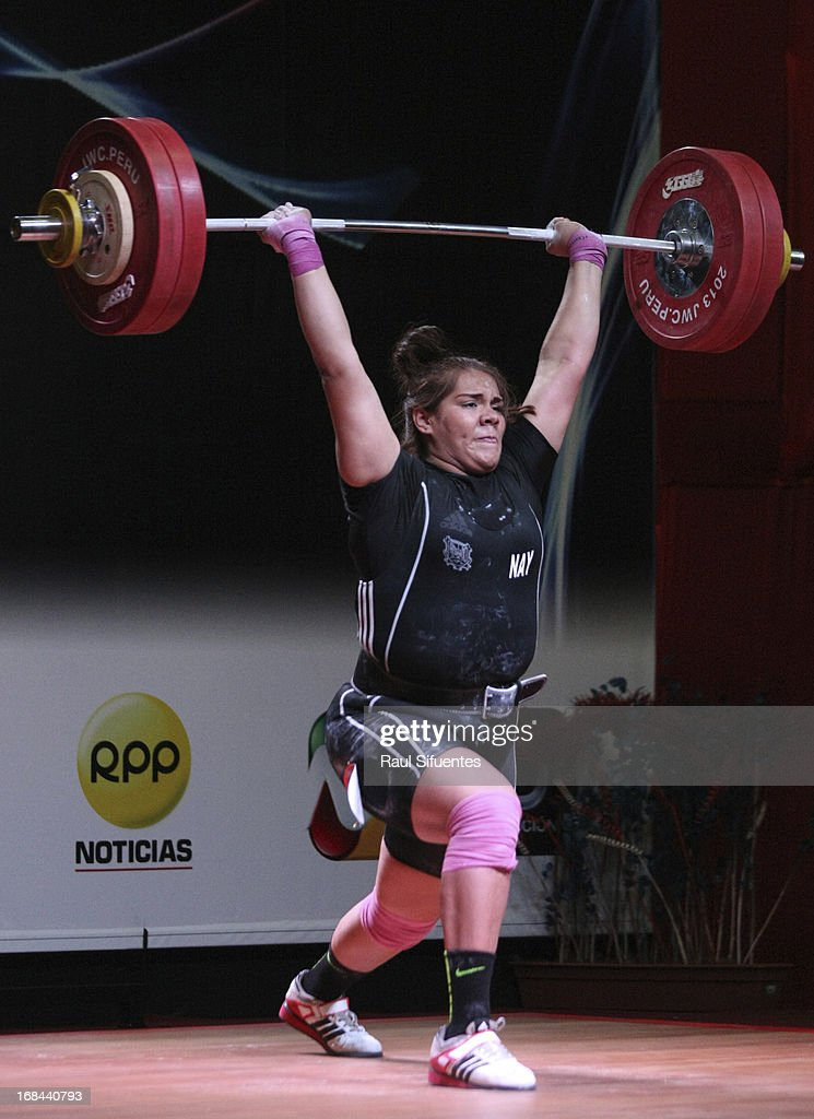 Gladis Bueno of Mexico A competes in Women's +75kg during day six of the 2013 Junior Weightlifting World Championship at Maria Angola Convention Center on May 09, 2013 in Lima, Peru.