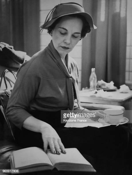 Gladys Williams après avoir élevé deux enfants a repris des cours au St Michaels Collège de l'université de Toronto ici pendant une pause café elle...