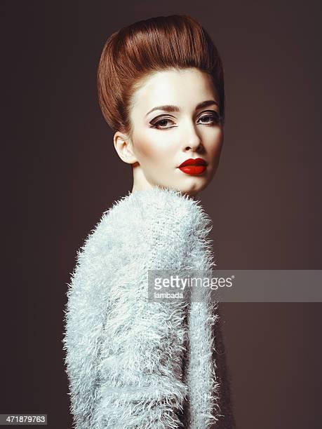Glam diva in sweater
