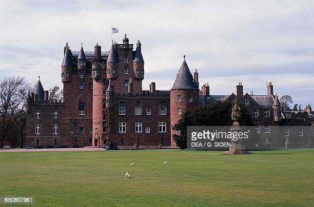 Glamis castle childhood home of Elizabeth BowesLyon wife of King George VI and mother of Queen Elizabeth II Angus Scotland United Kingdom 15th16th...