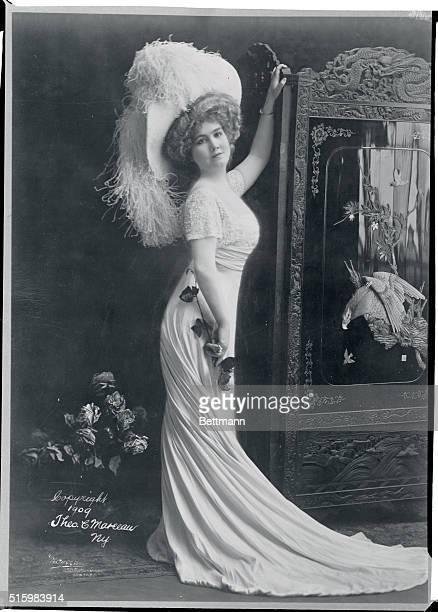 Glamorous society ladies in full war regalia.