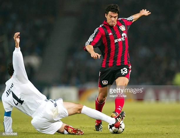 LEAGUE 01/02 FINALE Glasgow BAYER 04 LEVERKUSEN REAL MADRID 12 Fernando HIERRO/REAL Michael BALLACK/LEVERKUSEN