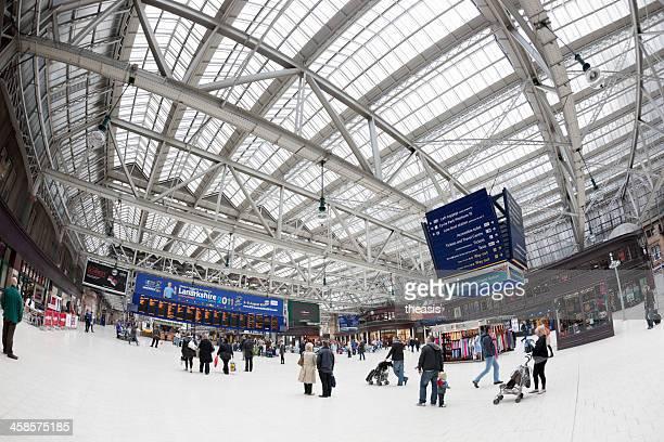 glasgow central station - theasis photos et images de collection