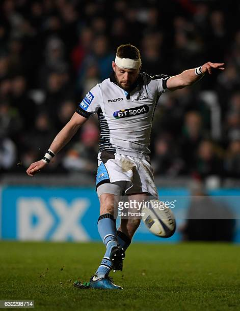 Glasgow fly half Finn Russell lands a kick at goal during the European Rugby Champions Cup match between Leicester Tigers and Glasgow Warriors at...